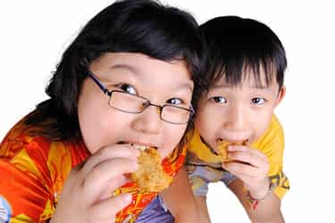 Child obesity causes—finish what's on the plate!