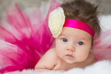 New trend: wigs for bald baby girls