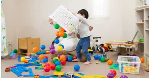 Researchers Find That Having Too Many Toys Are Bad for Kids!