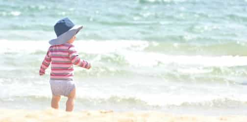 A Guide To Buying The Appropriate Swim Diaper For Your Baby And Toddler