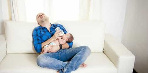 Dads, Not Getting Enough Sleep? Here Are 9 Helpful Tips For You!