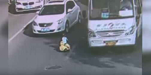 Toddler takes toy car out on the road, gets rescued by policeman