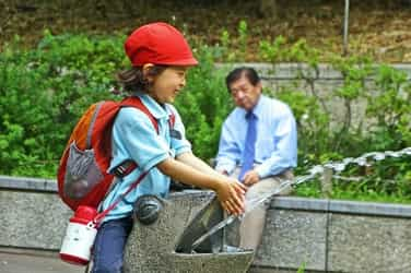 Are Japanese children more independent than your kids?