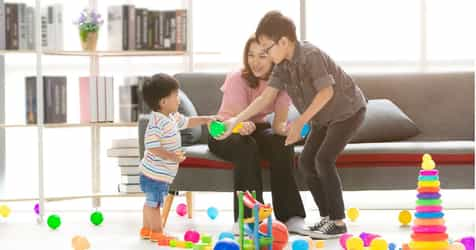 5 Ways to Practice a New Language in the Playroom