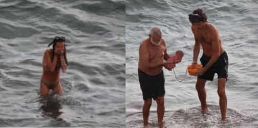Woman Gives Birth To Her Baby In The Red Sea