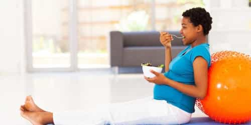 Foods to avoid in the first month of pregnancy