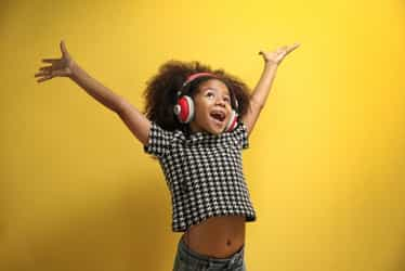 Nigerian Worship Songs: Songs to teach your kids