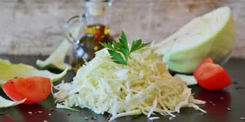 Try This Easy And Tasty Coleslaw Recipe
