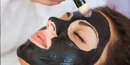 Have You Tried Activated Charcoal In A Clay Mask? This 'One' Isn't Bad