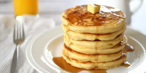The Fluffiest Pancake Recipe You Ever Saw