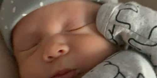 Woman Gives Birth At 26 After A Rare Uterine Cancer Diagnosis