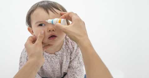 9 effective tips to keep eye infections in kids at bay