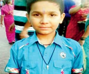11-year-old accidentally strangulates himself from mom's dupatta. Read Kid Safety Tips!