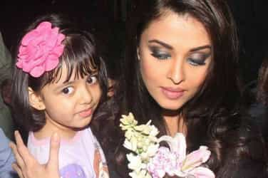 Watch: Protective mum Aishwarya gets angry with the media as daughter Aaradhya gets hurt and starts crying
