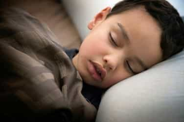 10 tips to help your child cope with bedwetting