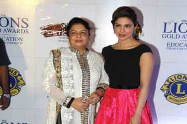 You'd be surprised to know why Priyanka Chopra's mother is not pushing for her daughter's marriage!