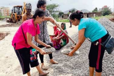 This Pune mum built a road so her kids could go to school without any mishap