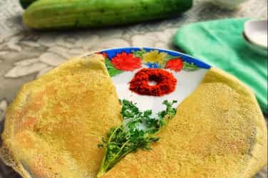 My Mother-in-law's Konkani recipe: Instant cucumber dosa