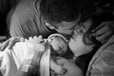 6 tips to be the best birth partner: Every dad's labour survival kit