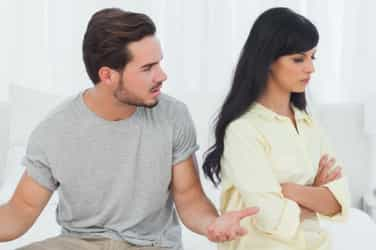 7 Things husbands do that destroy their marriage