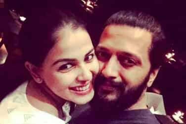 Genelia and Riteish's cute Twitter banter is proof that they are extremely supportive of each other!