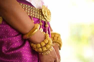 Is the gold jewellery in your house real or fake? Here's how you can find out!