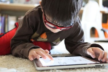 Kids and gadgets: How to help them disconnect and deactivate!