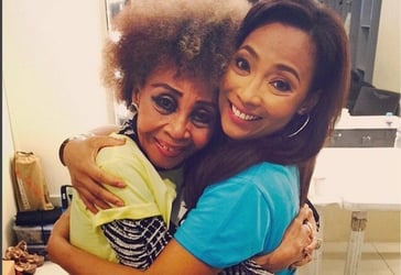 Our favorite Elizabeth Ramsey and Jaya mother-daughter moments