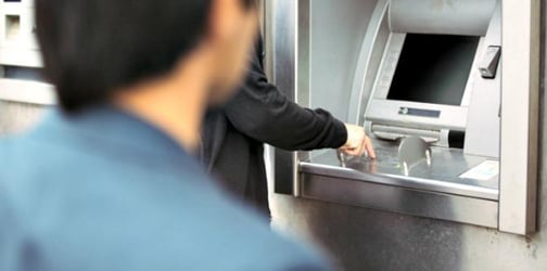 How to avoid becoming a victim of ATM skimming