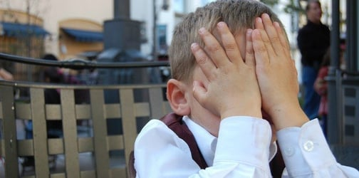 10 Things parents do that embarrass their kids