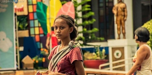 """""""Badjao Girl"""" hopes newfound fame will bring a brighter future for family"""