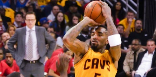 J.R. Smith becomes very emotional while talking about his dad