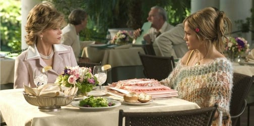 5 Polite ways to deal with a mother-in-law who can't stop criticizing you