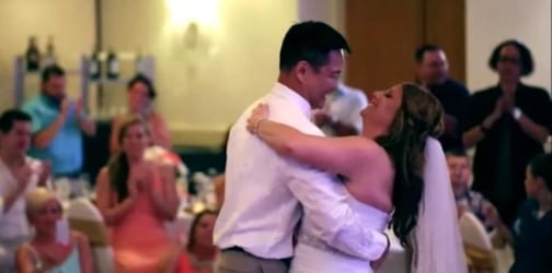 Groom pays tribute to his bride's late father with a heartfelt dance