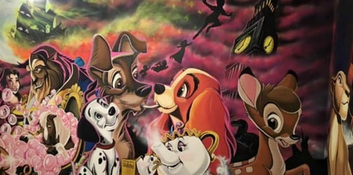 Dad hand-paints an amazing Disney mural on his daughter's bedroom wall