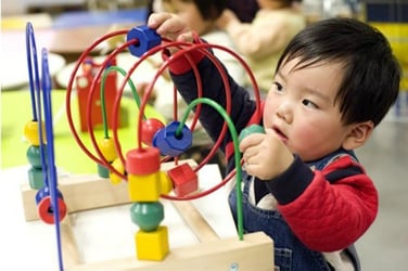 What are the best types of toys to give your toddler?