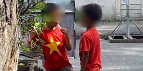 Viral photo shows 6-year-old from Laoag City using an e-cigarette