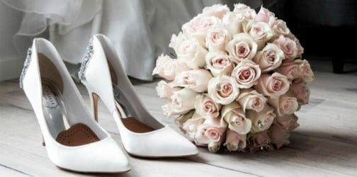 Cut your wedding costs by following these tips!