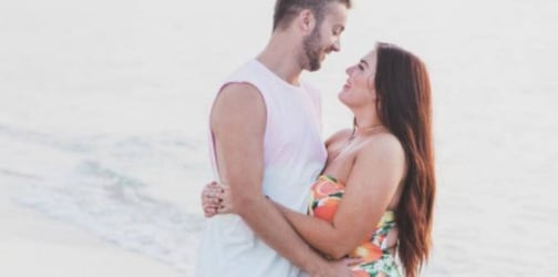 5 Ways to make your wife feel beautiful despite her weight gain