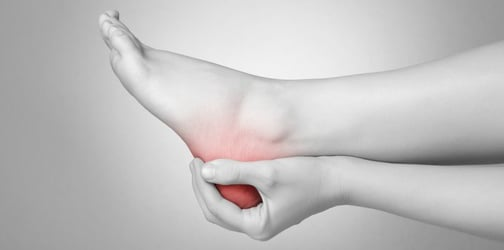 Buntis Guide: 7 tips to prevent leg cramps and foot pain
