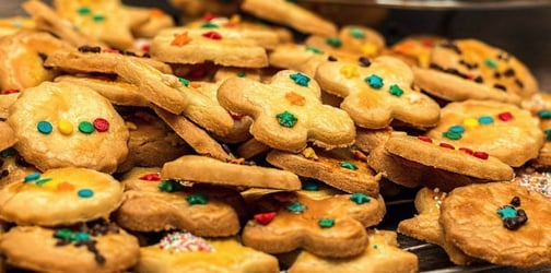 Healthy Christmas snacks that you can make with your kids!