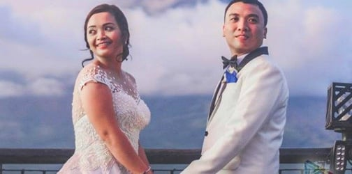 These newlyweds had their photograph taken in front of erupting Mayon volcano!