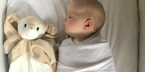 Father uses sex toy to put his baby to sleep!
