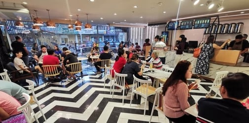 There's a new trending milk tea in Quezon City and you have to try it!