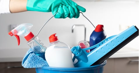 8 Household Chores You Should Avoid While You're Pregnant