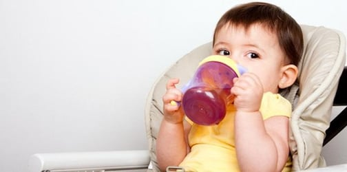 When should baby start drinking from a cup?