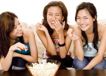 What popcorn eating reveals about you