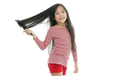 Smart ways to detangle your kid's hair problems!