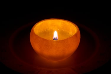 How to make emergency candles from cheese, butter, tuna, crayons or an orange!