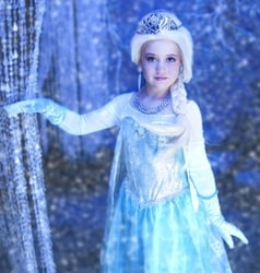 Are your kids as crazy about Frozen as this little girl (and her papa?)
